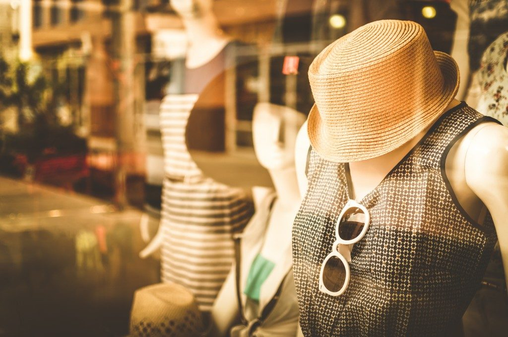 mannequin in front of the store